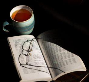 Cái thú của việc đọc sách giấy